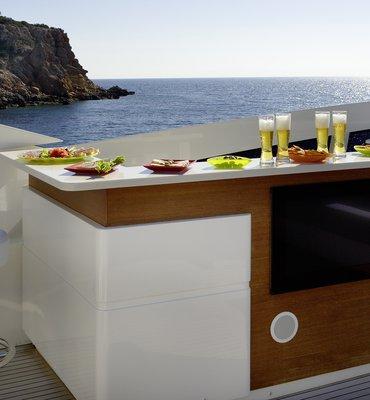 m:y DRAGON - 6 Yachts