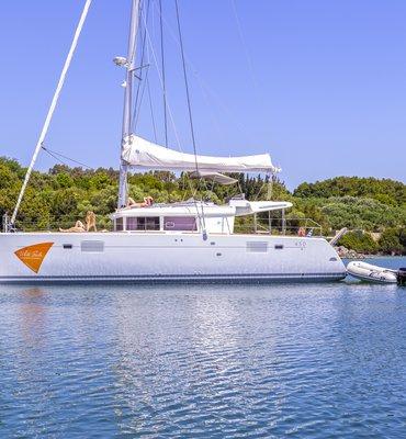 White Sails - 1 Yachts