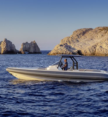 Speedboats - 9 Speedboats & Automotive