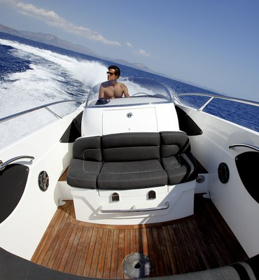 Speedboats - 24 Speedboats & Automotive