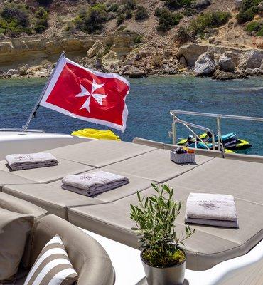 m:y COSMOS - 13 Yachts