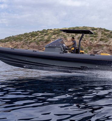 Speedboats - 12 Speedboats & Automotive