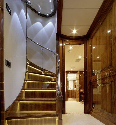 m:y DRAGON - 9 Yachts