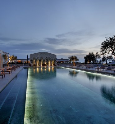 Aman Zoe - 4 Hotels