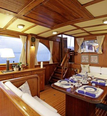 s:y Rota 2 - 4 Yachts