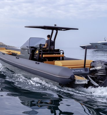 Speedboats - 11 Speedboats & Automotive