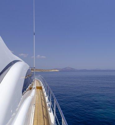 m:y COSMOS - 3 Yachts