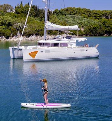 White Sails - 7 Yachts