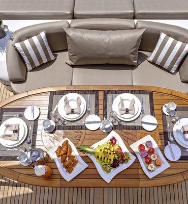 m:y COSMOS - 10 Yachts
