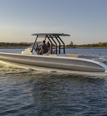 Speedboats - 8 Speedboats & Automotive