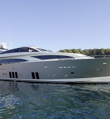 m:y DRAGON - 2 Yachts