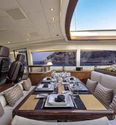 m:y COSMOS - 17 Yachts