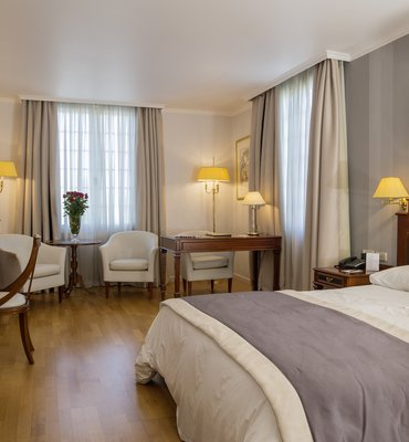 THEOXENIA PALACE - 7 Hotels