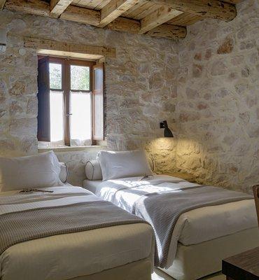 Paliokaliva village - 6 Hotels