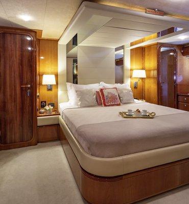 m:y Amor - 4 Yachts