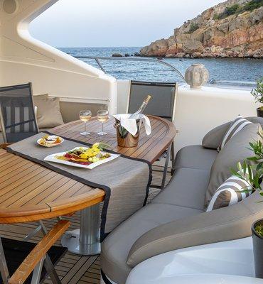 m:y COSMOS - 8 Yachts