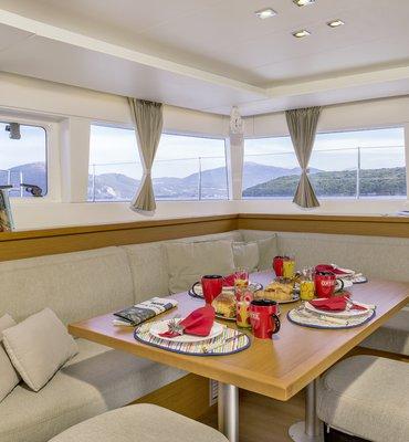 White Sails - 4 Yachts