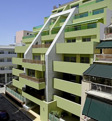 MOSAICO APARTMENTS - 1 Commercial