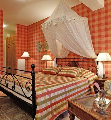 ΑΓΙΑΝΝΟΡΕΜΑ - 3 Hotels