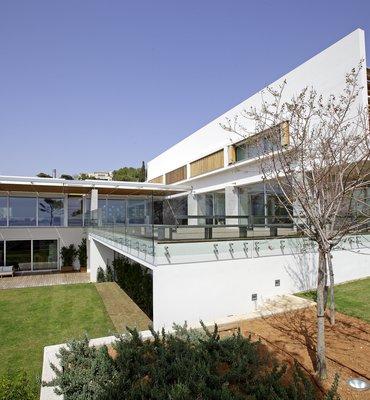 RESIDENTIAL PROPERTIES - 21 Residential
